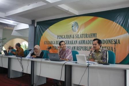 Pembicara dalam Semi-Seminar Jalsah GAI Tahun 2013